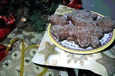 Biscuits en forme de fleurs, par Lory du blog Free-cuisine